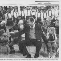 """1986-10-11 """"""""Opera's Estes comes home to aid Iowa arts"""""""" Page 2"""