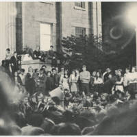 1970-05-11 Photograph: Peace Rally at the Old Capitol on the Pentacrest